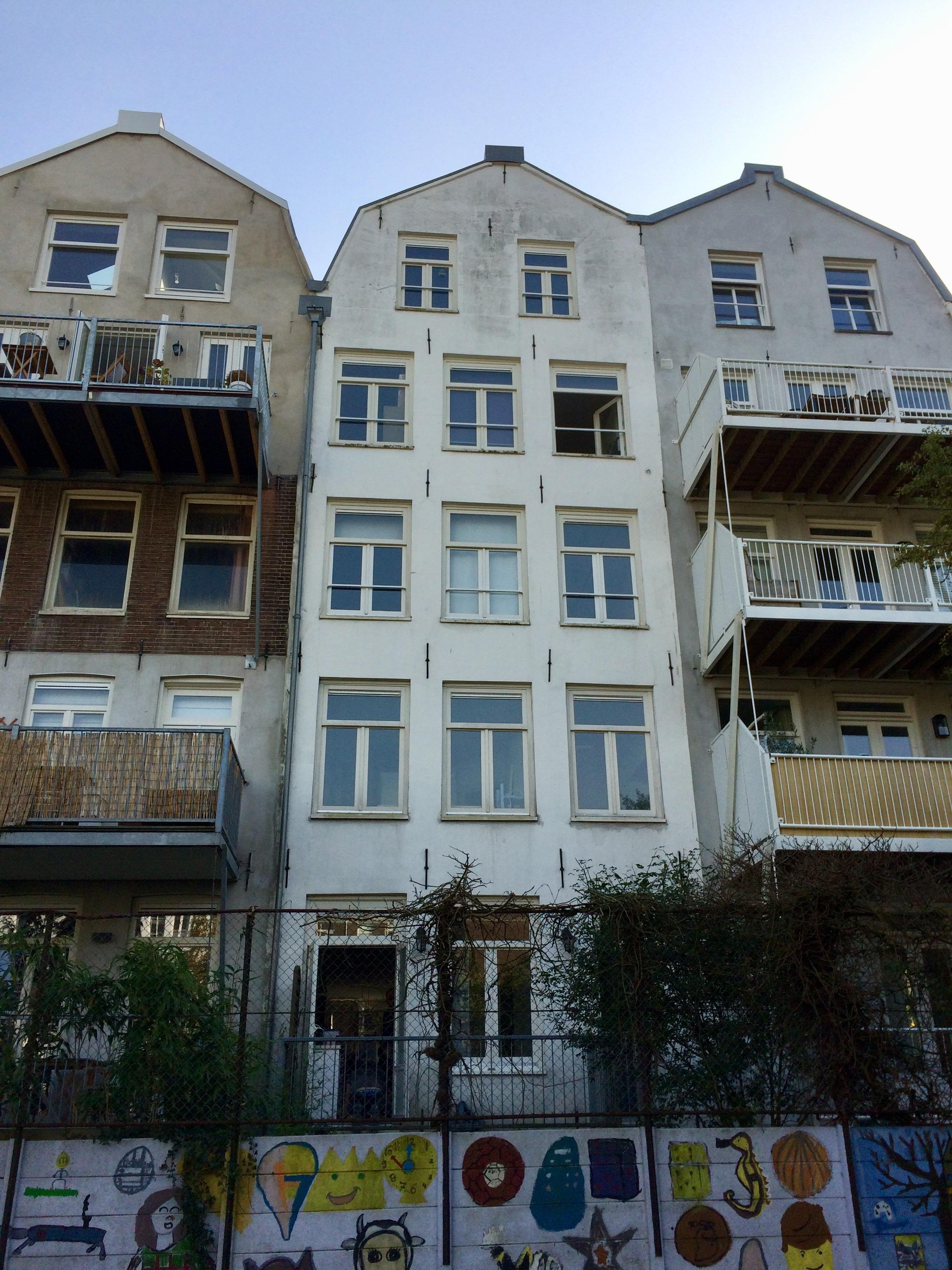 UFA Bouw-Nieuwe Achtergracht_balkons_Voor