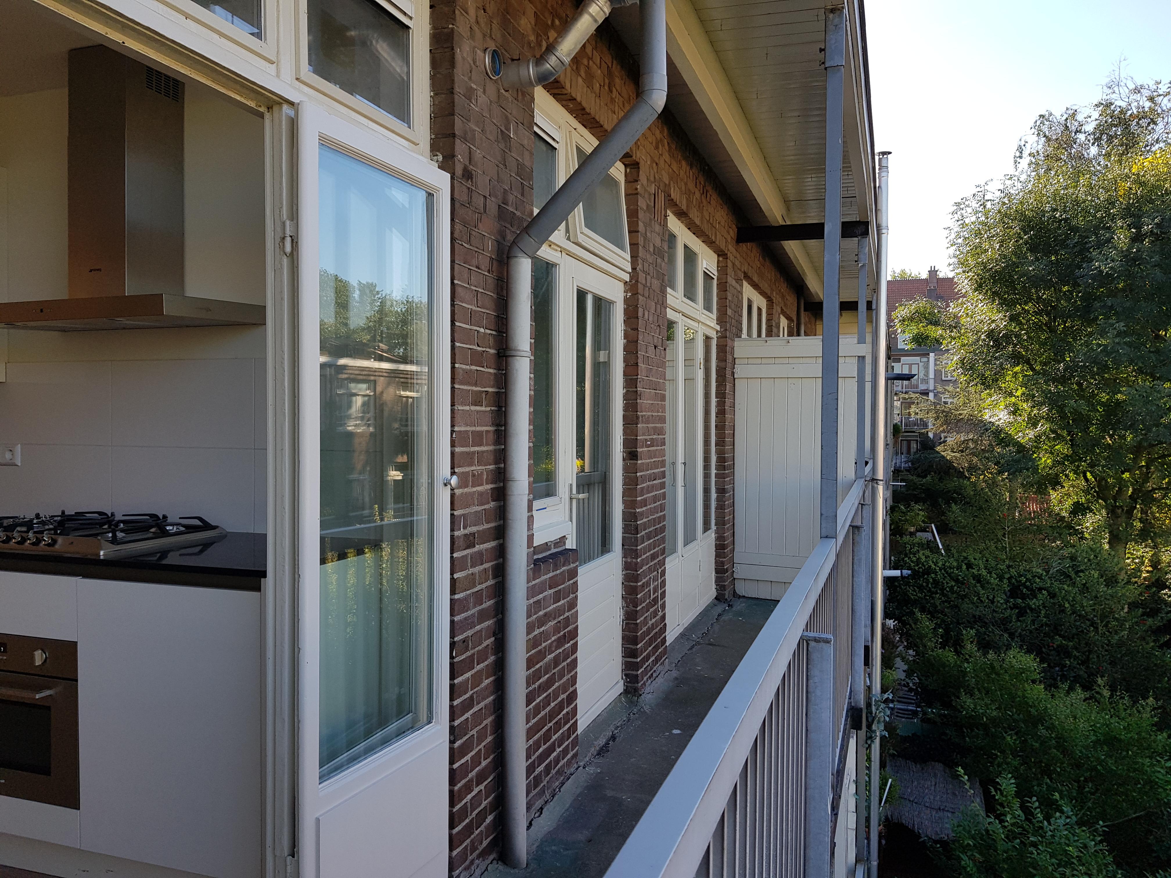 Verbouwing UFA Bouw_Krammerstraat_balkon_keuken