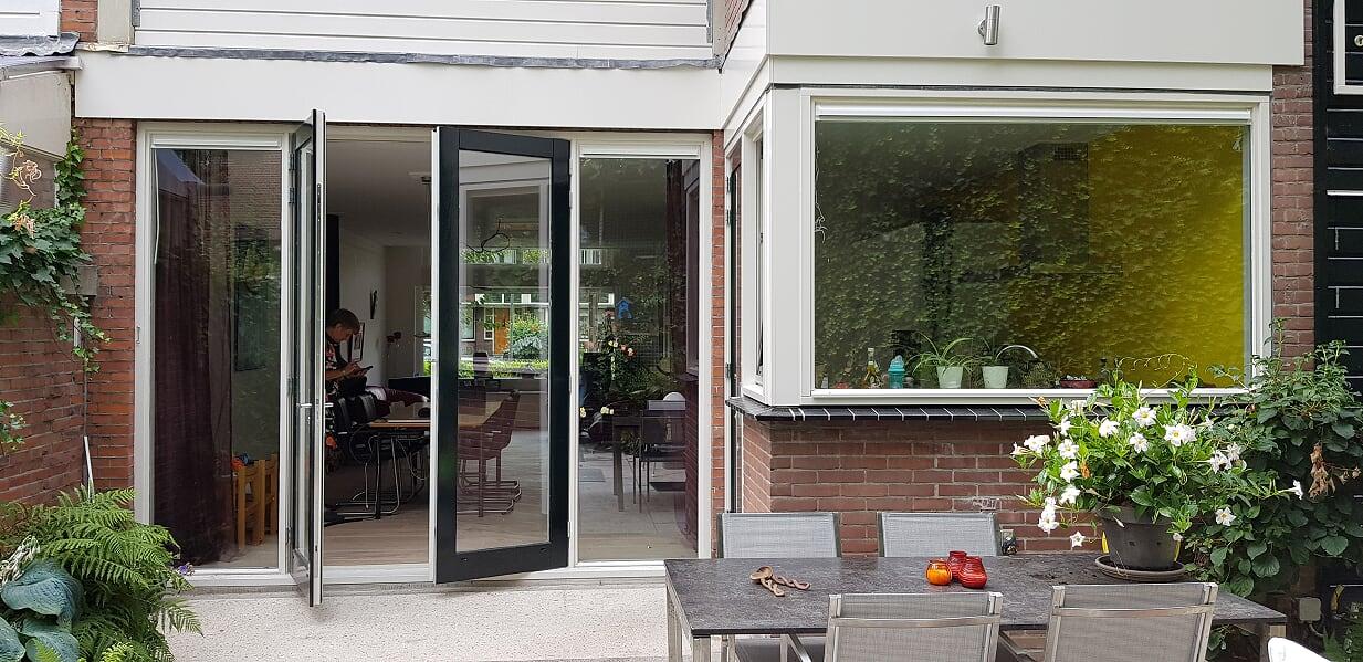 Verbouwing UFA Bouw_Schiedam_Uitbouw buitenzijde keuken