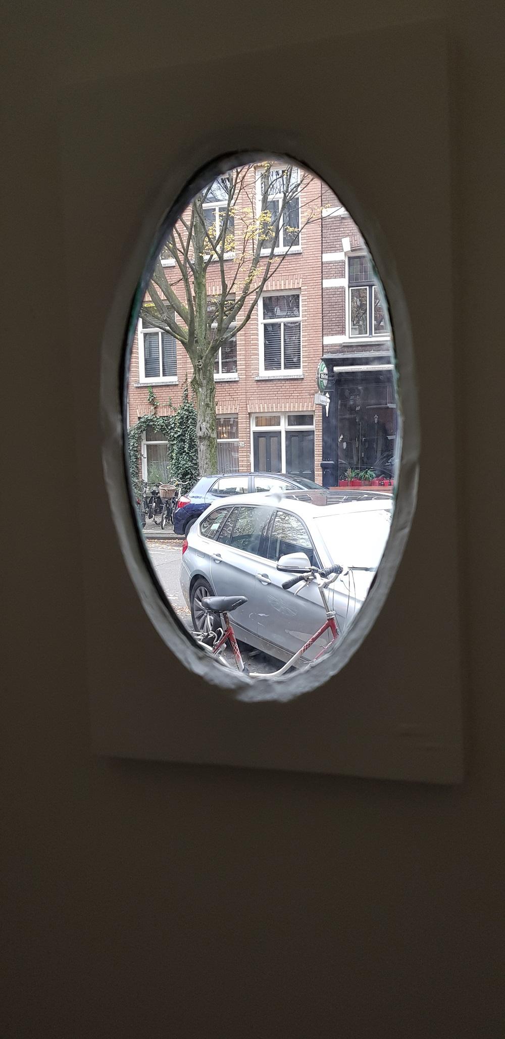 UFA Bouw_Verbouwing_Bosboom Toussaintstraat 31_kijkglaasje deur