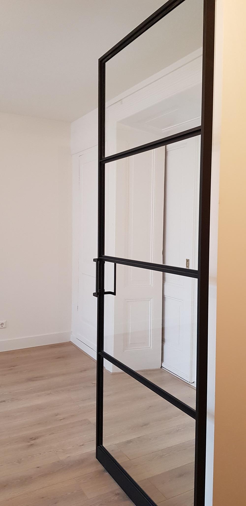 UFA Bouw_Verbouwing_Bosboom Toussaintstraat 31_stalen deur entree hal