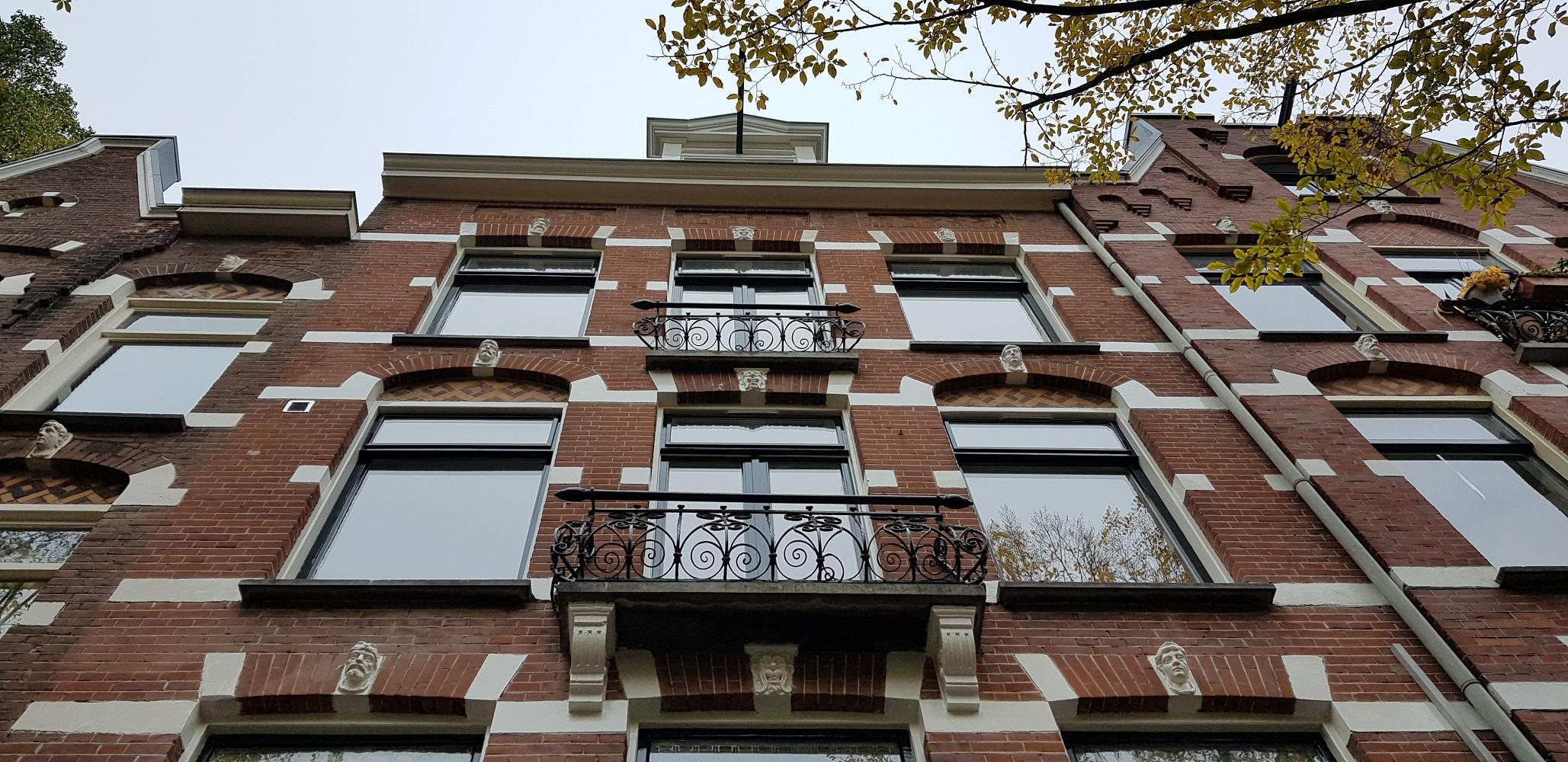 UFA Bouw_Verbouwing_Bosboom Toussaintstraat 31_voorzijde 2 etages