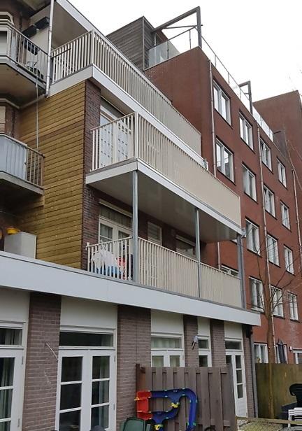 UFA Bouw_renovatie Kramatweg_Woningen met nieuwe uitbouw en of balkons