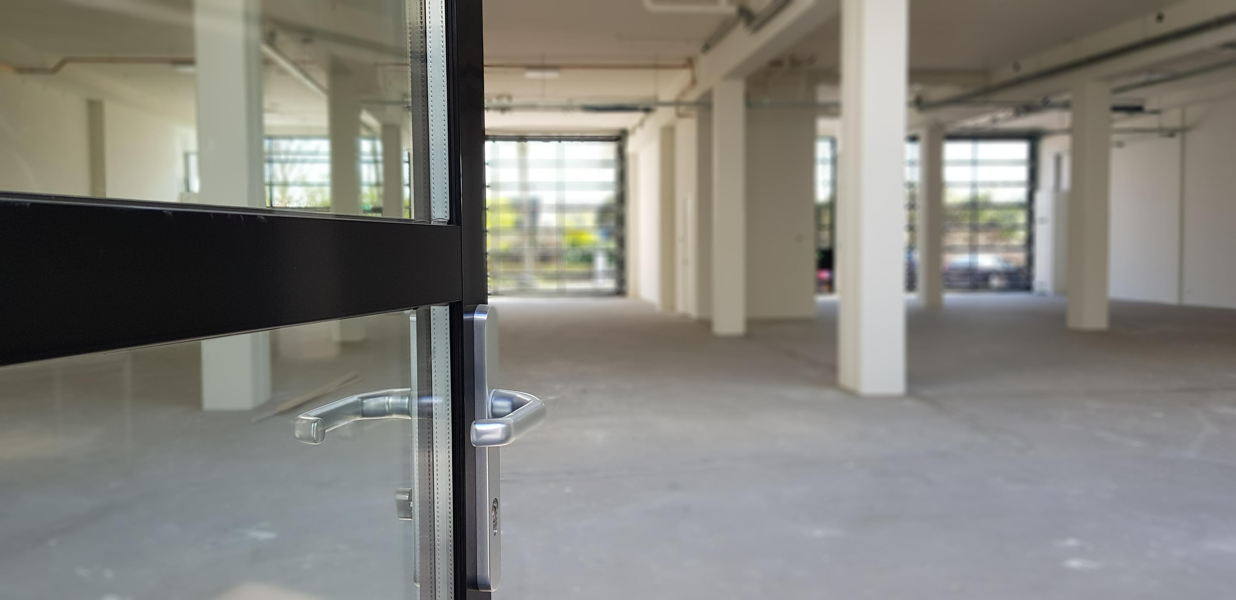 UFA Bouw_Renovatie_Generaal Vetterstraat_Bedrijfslofts_Binnendeur patio