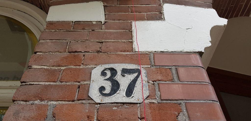 UFA Bouw_Renovatie_Nassaulaan 37_Voorzijde_nummer 37_1024x497